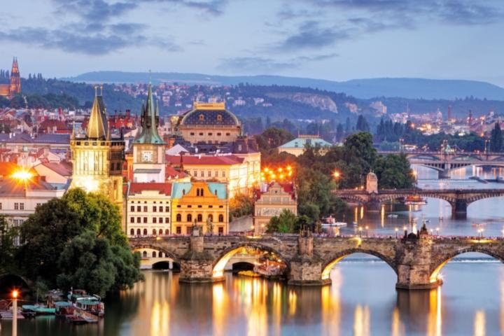 city-breaks-pretty-prague