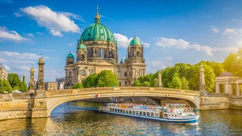 city-breaks-travel-to-berlin