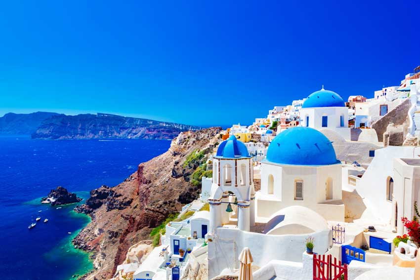 holidays-a-look-at-santorini-holidays