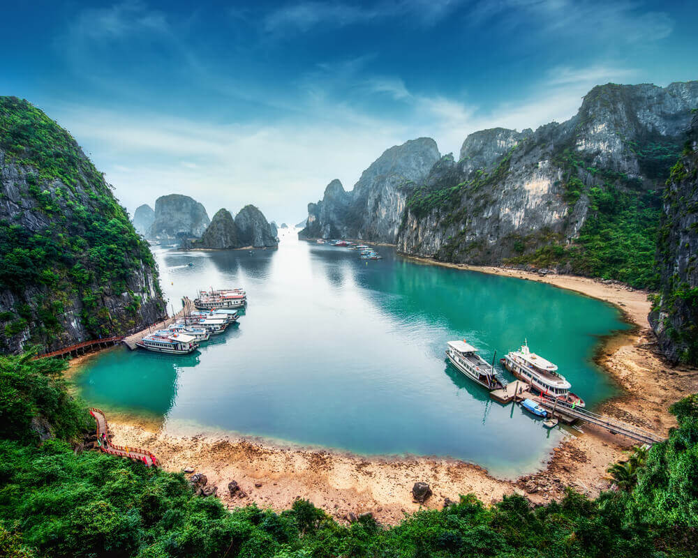 holidays-ha-long-bay-a-holiday-guide