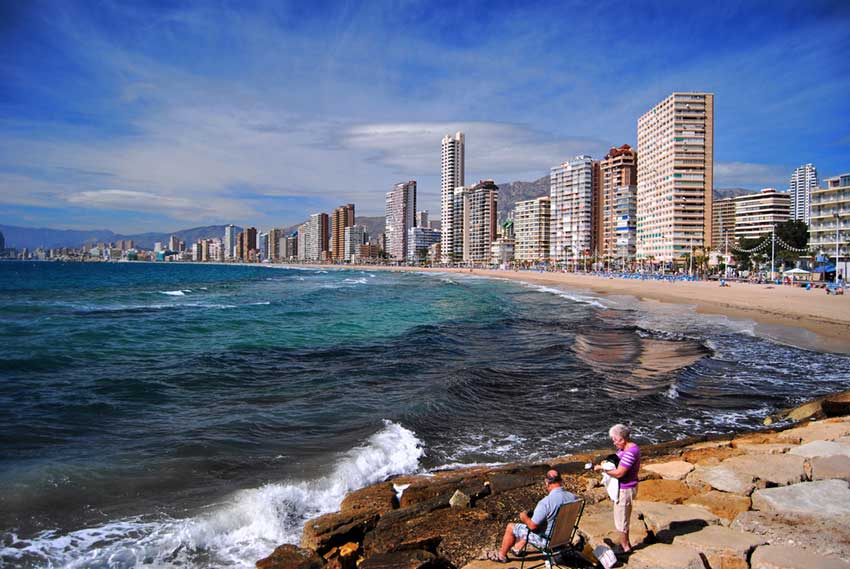 holidays-travelling-to-beautiful-benidorm